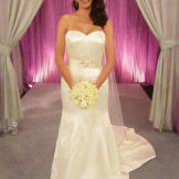 Rosa was a Miami stunner in this $2,750 Matthew Christopher gown.