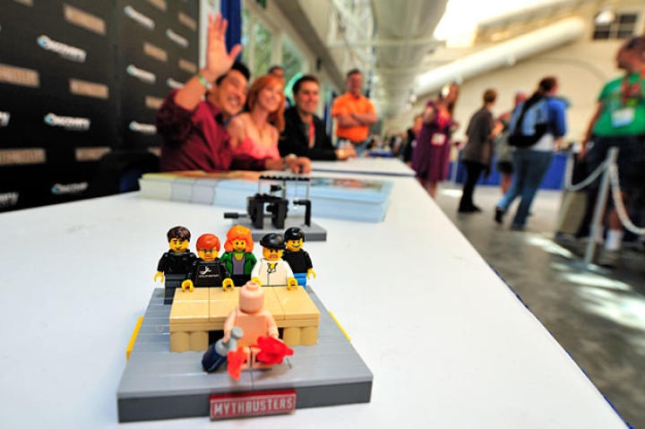 A custom MythBusters Lego set makes an appearance at Tory, Grant and Kari's autograph session.