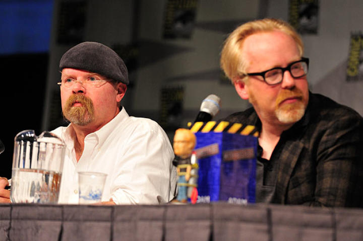 The first year Jamie Hyneman attended Comic Con (2008), he wore a baseball cap instead of a beret when he went out to eat or walked around. It didn't work; people still recognized him.