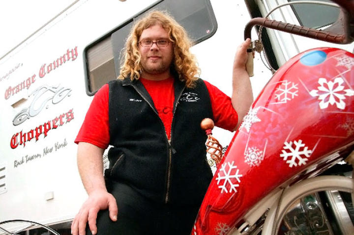 Mikey Teutul with the Christmas Bike at Daytona Bike Week in 2004.