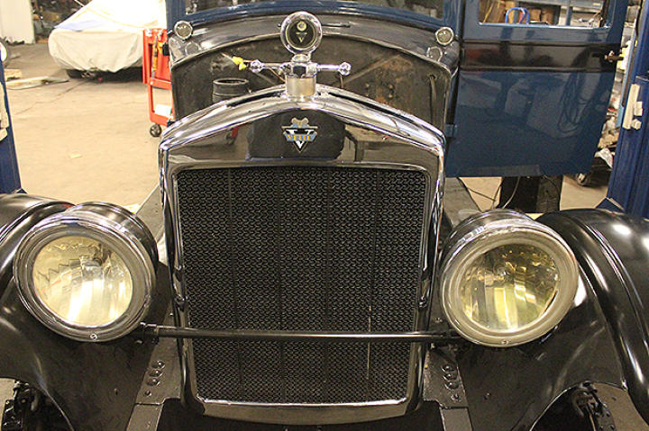 Front grill of 1926 Velie before renovations begin.