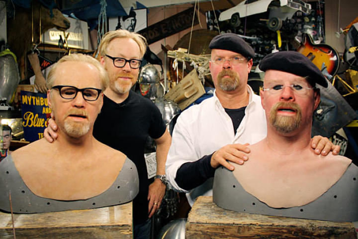 In a freaky face-off fable, Adam Savage and Jamie Hyneman explore whether a pullover mask can be used to execute a