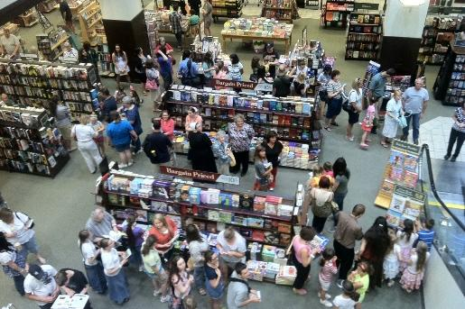 Lines stretch around the store to see the Duggar family on their book tour.