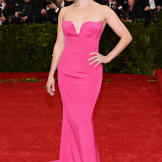 Actress Reese Witherspoon made jaws drop in this hot pink dress Stella