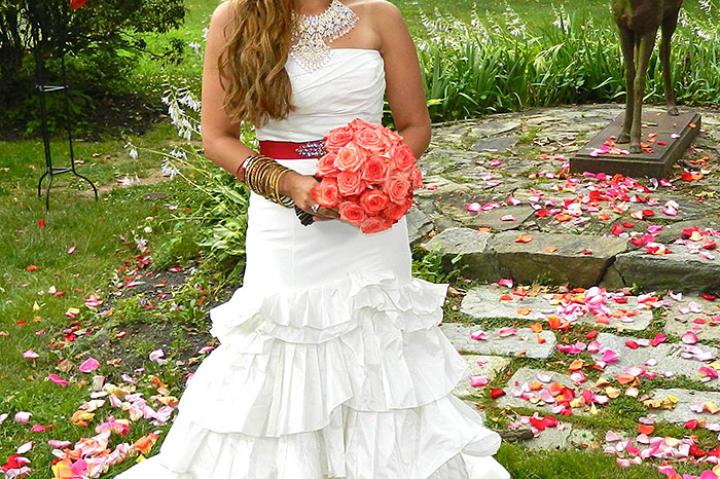 Dee's Wedding Dress