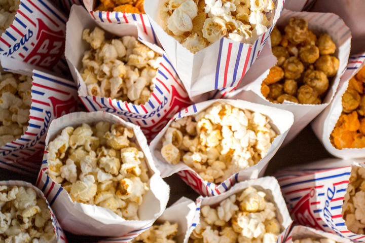 Kari said her wedding wasn't just circus-themed — it was an actual circus. And no circus wedding is complete without popcorn for all the guests!