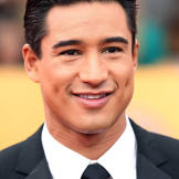 """Extra"" host Mario Lopez popped the question to Courtney Maz"