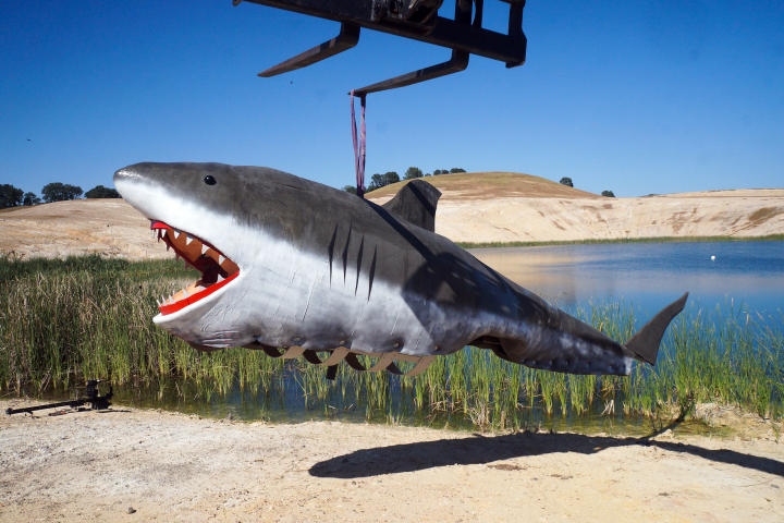 mythbusters-shark-jaws-01