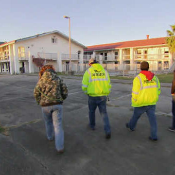 Tia & Team Learn First-Hand to Tread Carefully at Abandoned Hotels