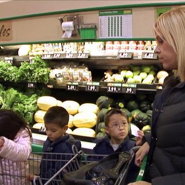Bonus Scenes: Kate Gosselin on Shopping for a Big Family