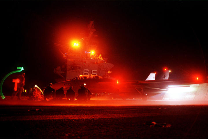tomcat, f-14 at night