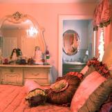 Lisa's Daughter's Bedroom