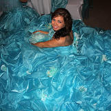 Eden's gown is a sight to behold.