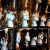 Tamis's wigs vary according to make, style, color, and length. She nam