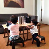 Will and Zoey wait for breakfast to arrive in the hotel. They have a b
