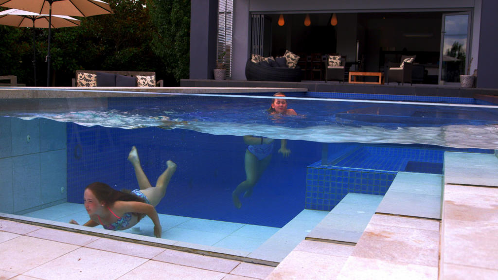 Ultimate pools go down under in this australian pool for Ultimate pool show