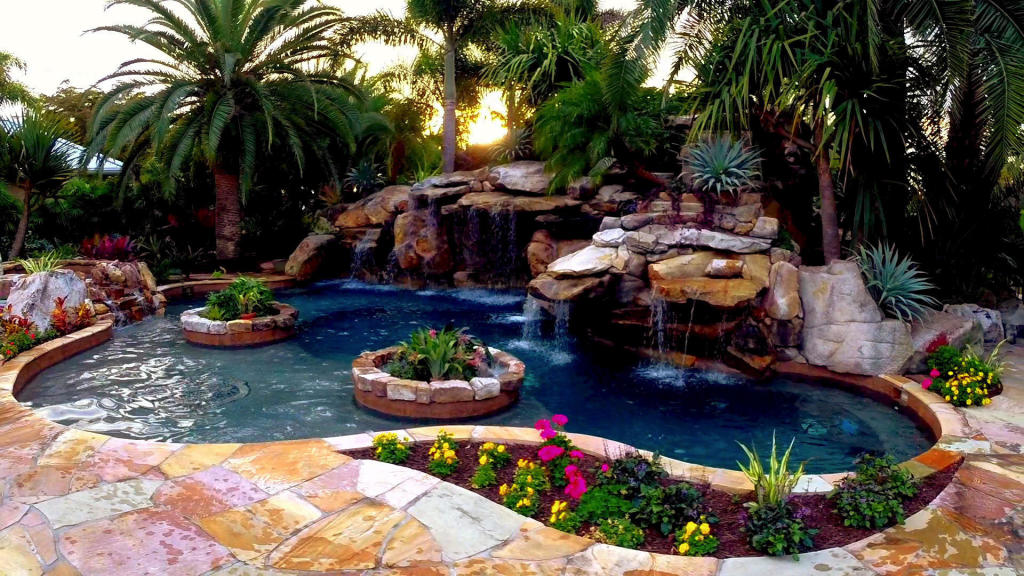Ultimate pools pool master anthony falls in love with a lucas lagoons pool the pool master for Rocky mountain house swimming pool schedule