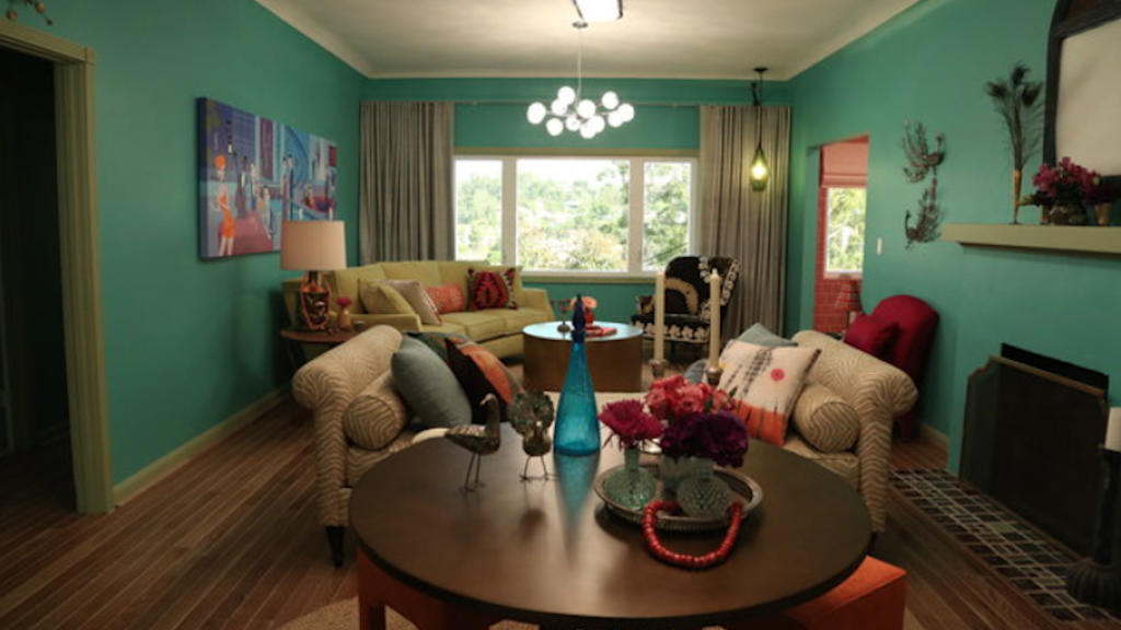 Carrie Bradshaw Meets The Jetsons Renovation Before And