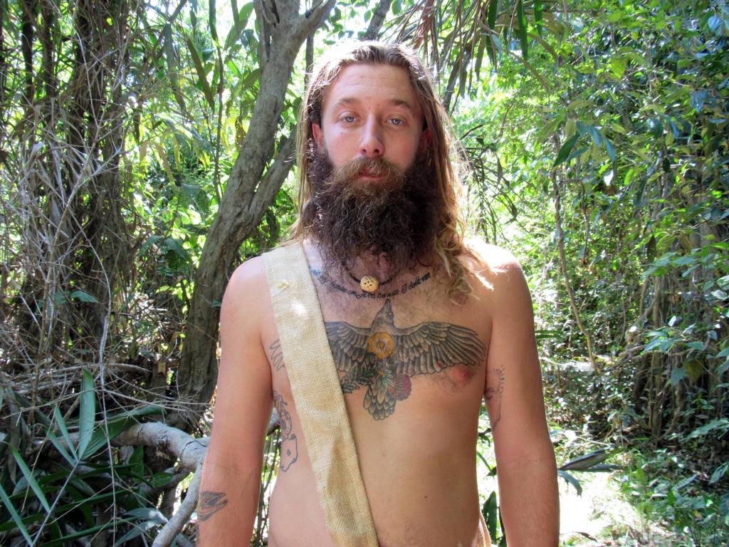 dude-with-dreads-naked-adult-video-golden-shower
