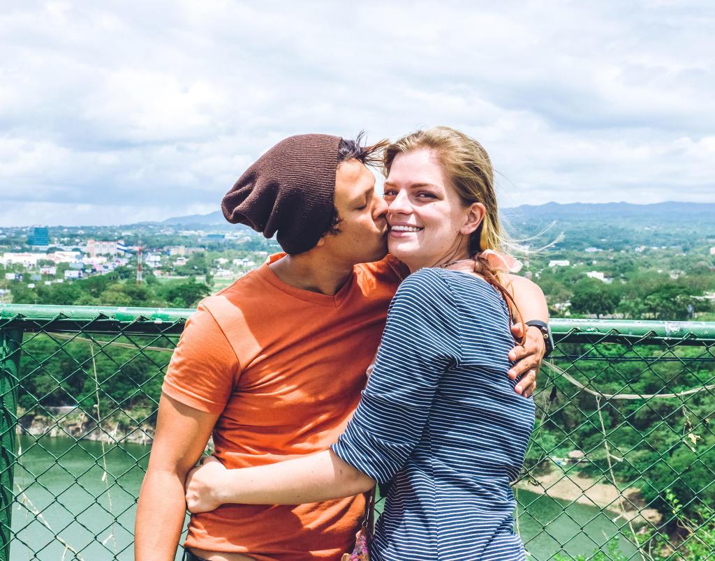 Meet the season 2 couples 90 day fiance tlc