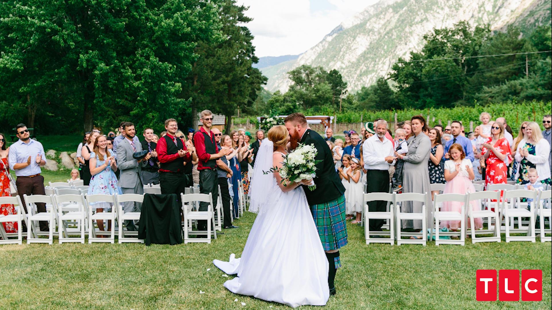 Sister Wives\' Daughter Aspyn Brown\'s Wedding Photos | TLCme | TLC
