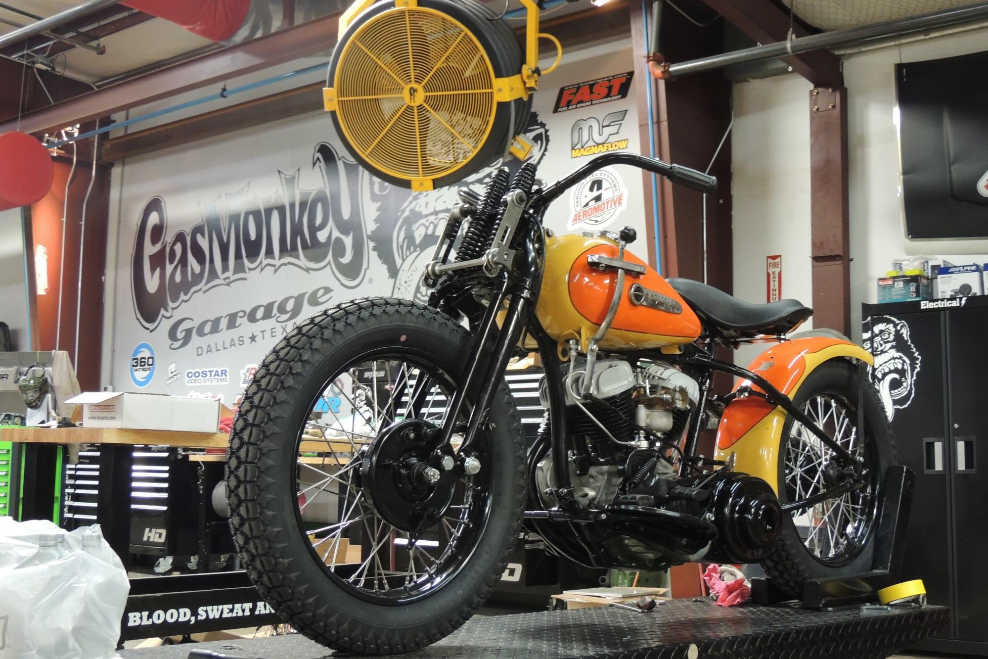 1942 Harley Davidson WLA Build | Fast N' Loud | Discovery