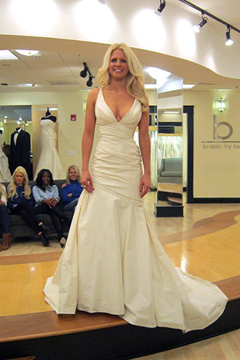Ivory Wedding Dress Pictures | TLC