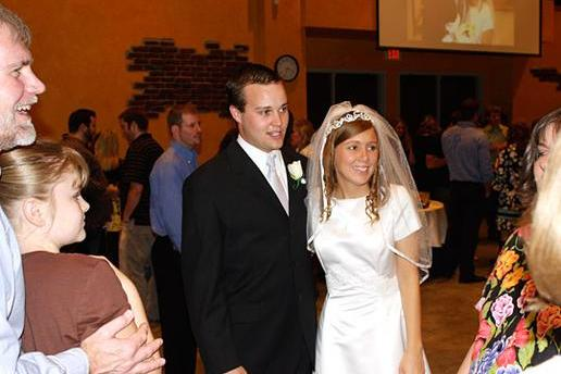 Photo Slideshow: A Very Duggar Wedding | 19 Kids and Counting | TLC
