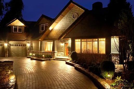 High Quality Solar Powered Landscape Lighting