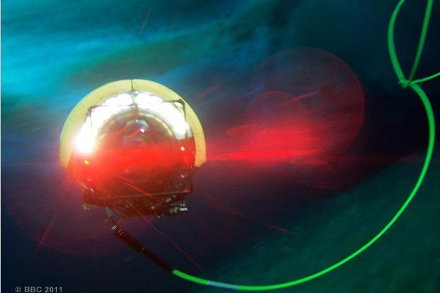A submersible explores the Antarctic seabed.