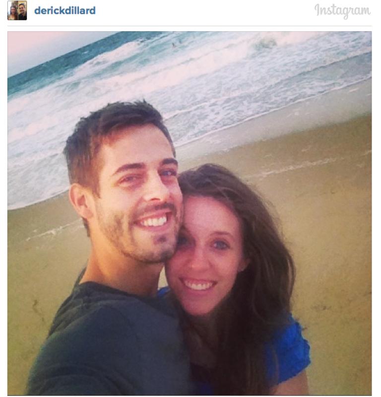 Derick and Jill enjoy their honeymoon. People.com released