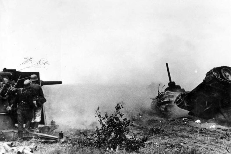 Intense action as a German heavy flak unit battles with Soviet tanks north of Orel, probably during Operation Kutuzov, July 27, 1942. Watch