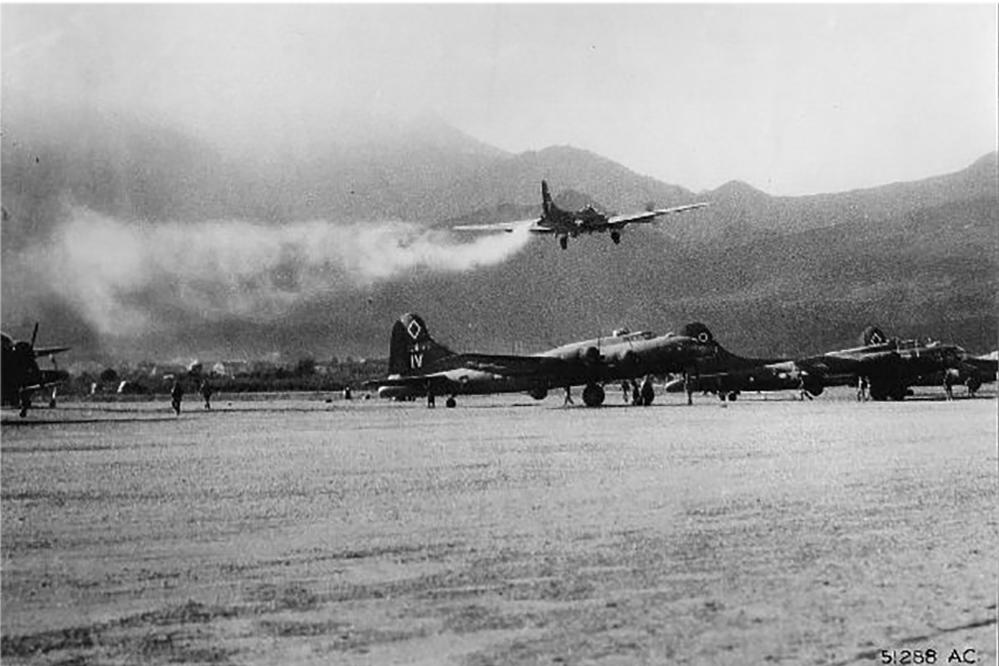 damaged b 17 photos american heroes channel