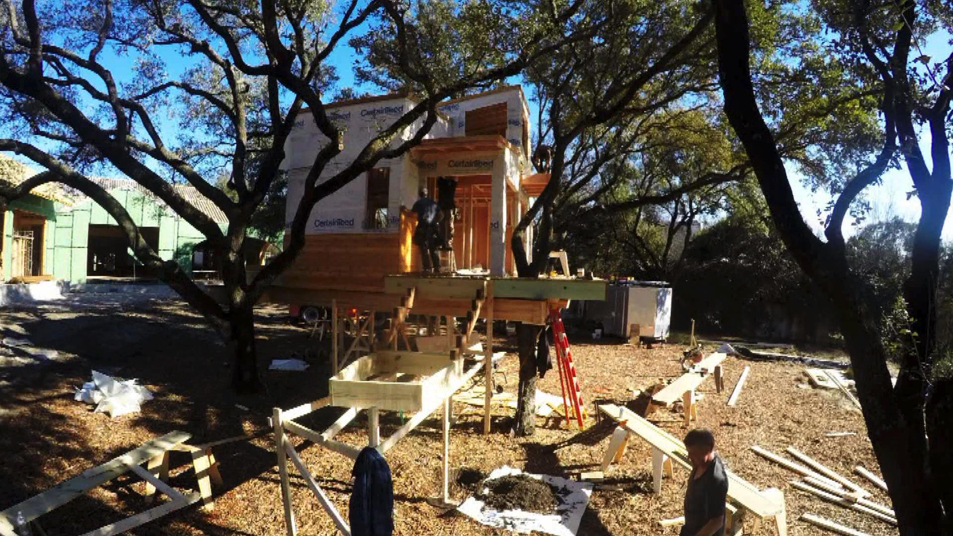 Timelapse: City Sleeker Treehouse | Treehouse Masters