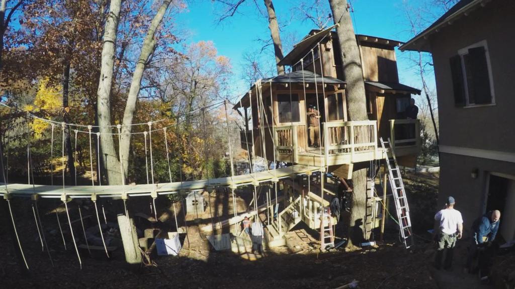 Timelapse: Glamorous Glamping Retreat | Treehouse Masters
