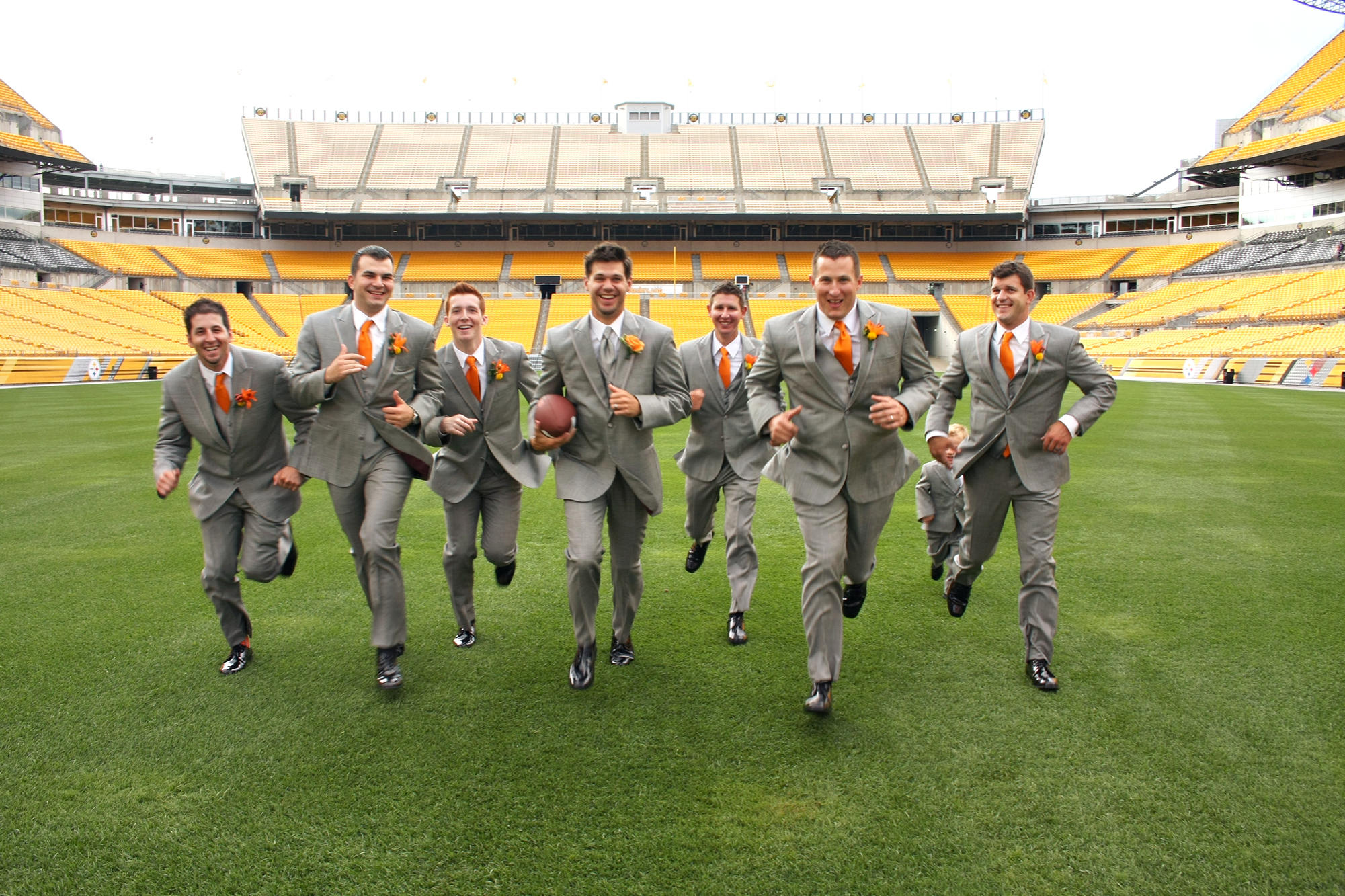 The Groomsmen Ran Down Heinz Field In Pittsburgh Pa